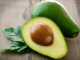 Avocado Superfood : For A Healthy Heart